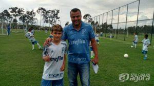 Observado na Mega Copa Turística da Cinbrala, atleta passa por avaliação no Palmeiras